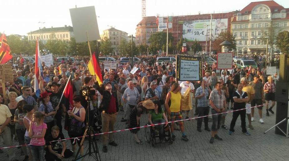 """Ein Afrikaner bei Pegida: """"Deutschland braucht Patriotismus"""""""