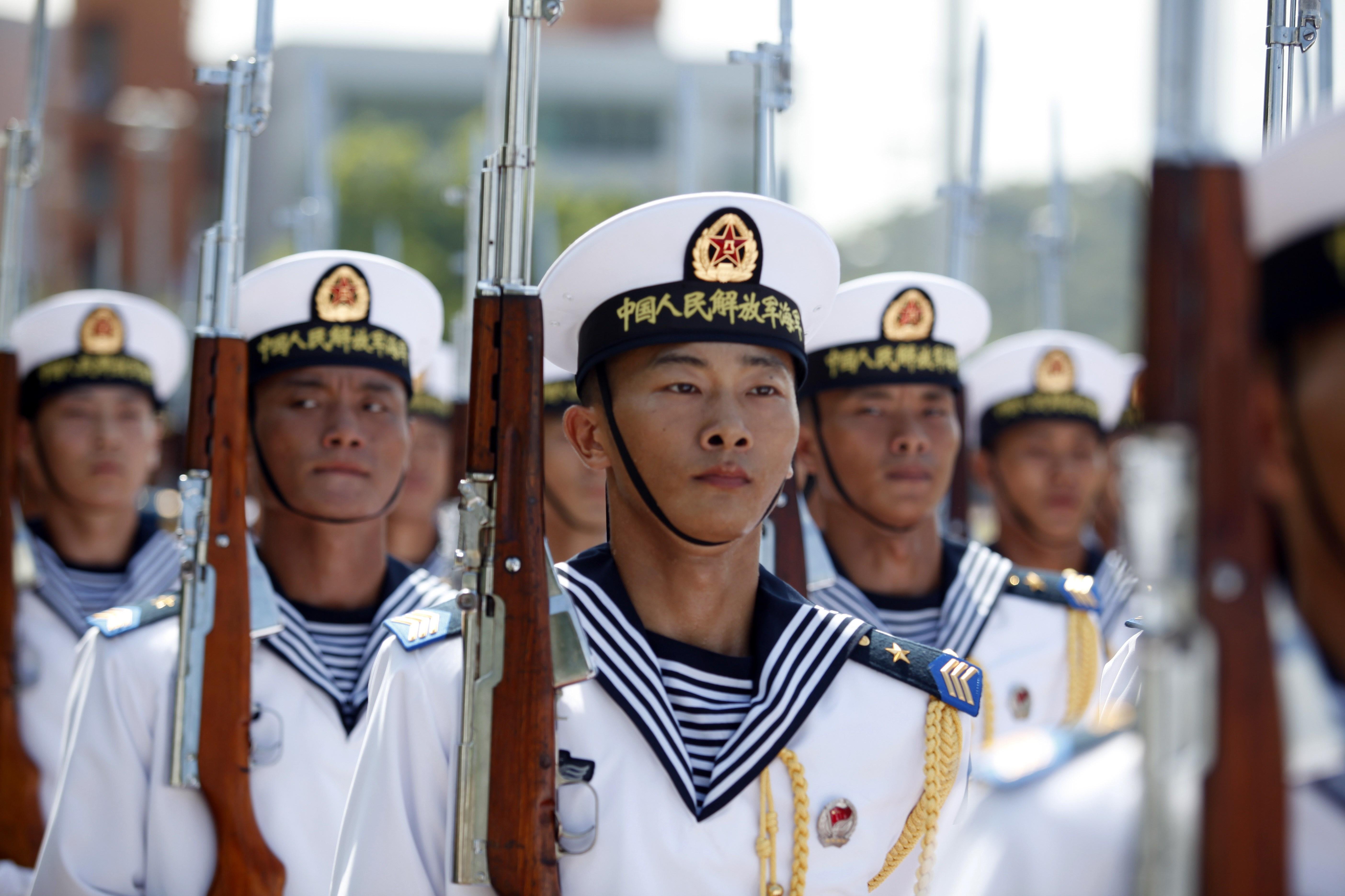 Spontanes Seemanöver: Kommt nach Tianjin-Terror die große Wende in Chinas Machtkampf?