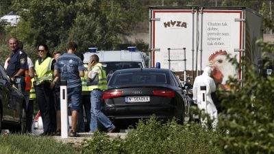 Trotz Schreien aus LKW unternahmen Schleuser nichts – Tonprotokolle der ungarischen Polizei