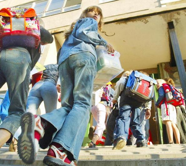 Thüringens Schulkindern blühen ab Herbst neuartige Unterrichtsinhalte. Ein CDU-Politiker wettert dagegen. Foto: JENS-ULRICH KOCH / AFP / Getty Images
