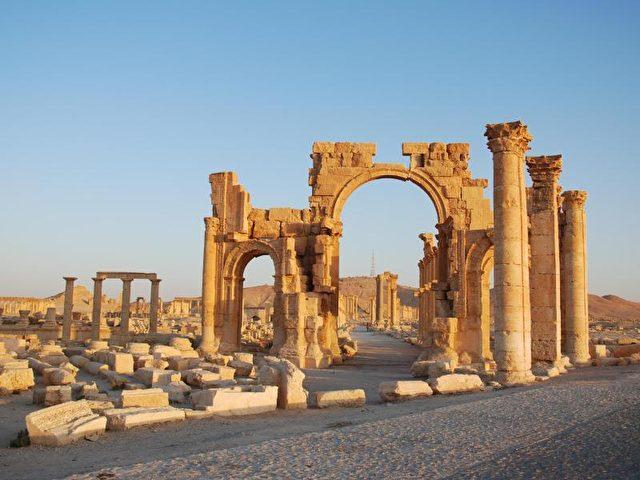 Ruinen der antiken Stadt Palmyra nördlich von Damaskus. Foto:Chris Melzer/Archivbild von 2009/dpa