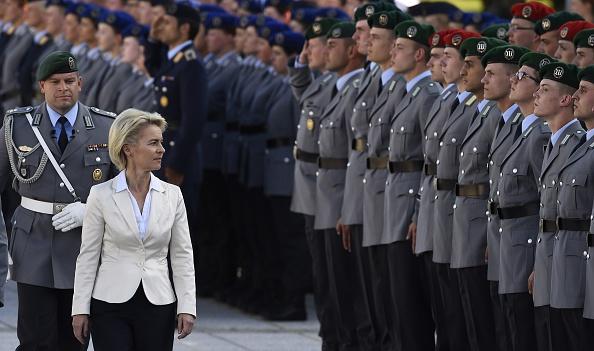 Kommt der Militärimam für die Bundeswehr? Österreich hat ihn, und Liberale Muslime warnen davor