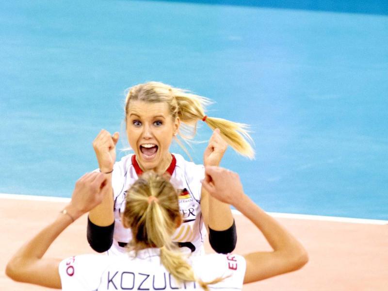 DVV-Frauen im EM-Achtelfinale – 3:0 gegen Tschechien