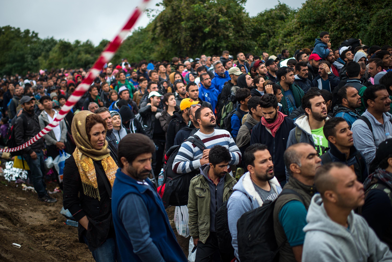 """Migrantensansturm: """"Österreichs Hilfsorganisationen vor Zusammenbruch"""""""