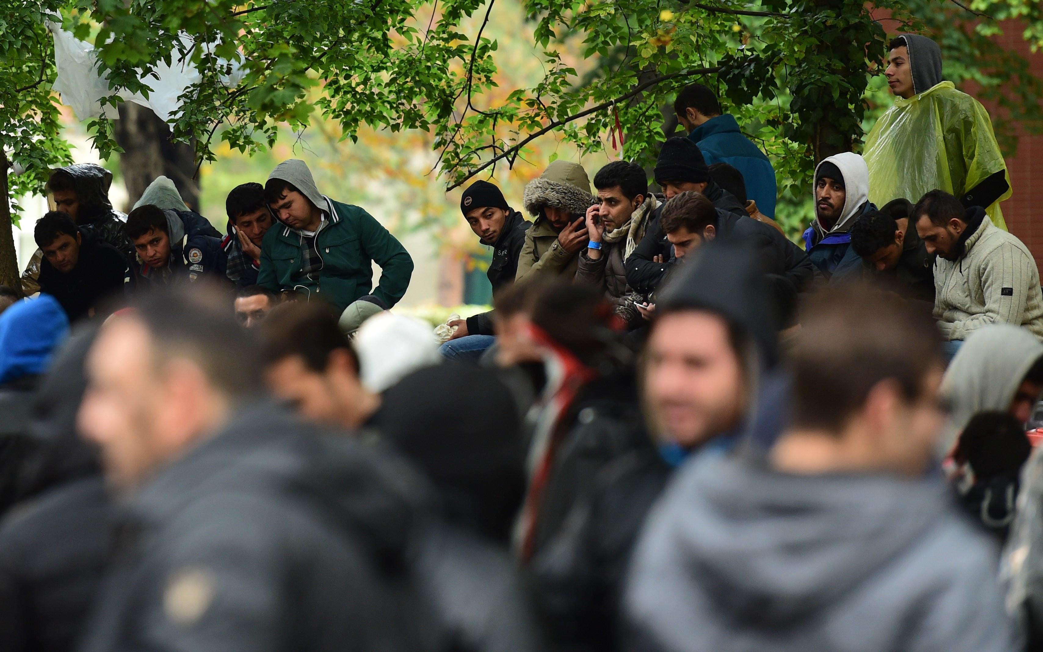 Offener Brief an OB: Flüchtlings-Initiativen drohen Arbeit einzuschränken