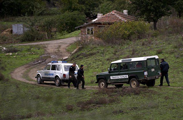 Bulgarische Grenzpolizei in der Nähe der Stadt Sredet, wo ein afghanischer Migrant beim illegalen Grenzübertritt am 16. Oktober getötet wurde Foto: NIKOLAY DOYCHINOV/AFP/Getty Images