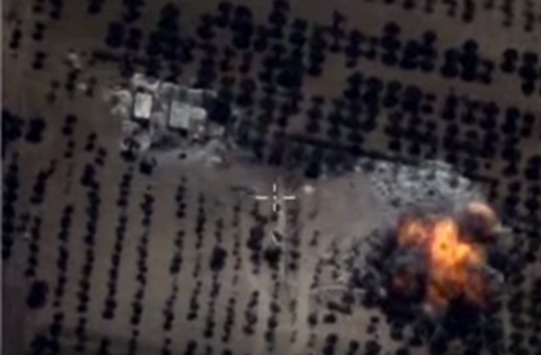 Russland trifft IS-Stellung in Syrien Foto: Youtube/Screenshot
