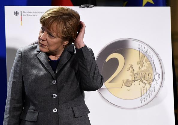 """""""Positive Schätzung"""": Asylpolitik wird Deutschland 900 Milliarden Euro kosten"""