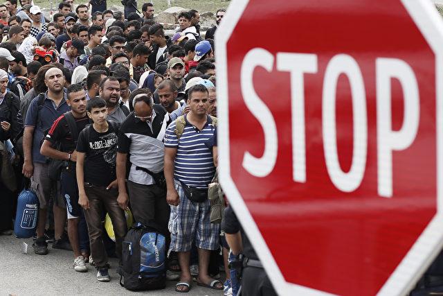 Flüchtlingswelle in Europa. Bayern ist am Ende seiner Kräfte. Foto: Getty Images