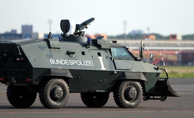 Kriminalbeamte: Höheres Anschlagsrisiko durch Beteiligung an Anti-IS-Einsatz