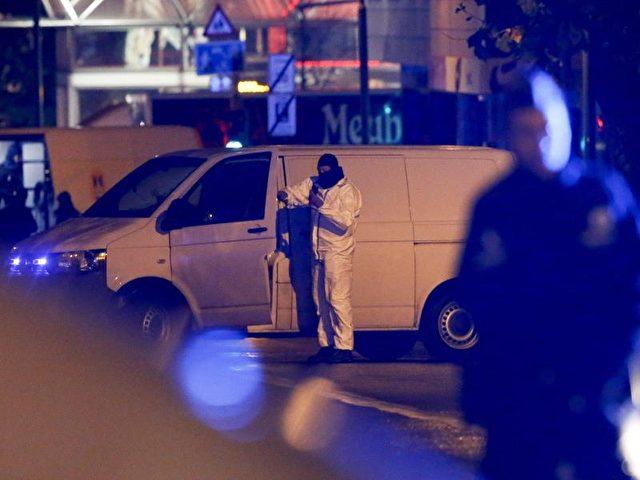 Seit Wochen fahnden Spezialeinheiten der belgischen Polizei nach Terrorverdächtigen. Foto: Oliver Hoslet/Archiv/dpa
