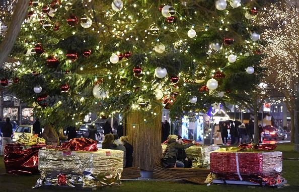 Geschäfte-Öffnungszeiten von Weihnachten (24.12, 25.12, 26.12 und ...