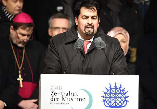 Aiman Mazyek, Vorsitzender des Zentralrates der Muslime in Deutschland, hält den Syrien-Einsatz für falsch. Foto: TOBIAS SCHWARZ/AFP/Getty Images