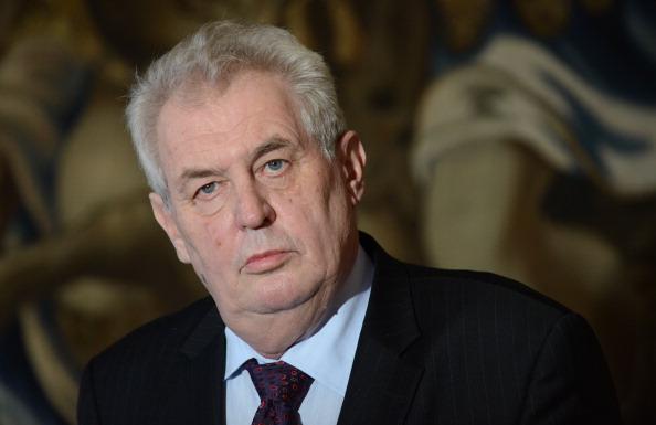 """Tschechische Präsident sorgt für Zündstoff: Zeman wünscht seinem Volk ein """"gefährliches Leben"""""""