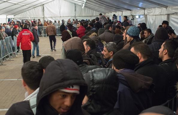 FDP: Schäuble verschleiert Flüchtlingskosten oder ist ahnungslos