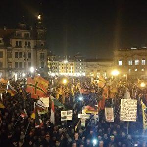 Pegida-Demo am 07.12.2015. Foto: Pegida / Facebook