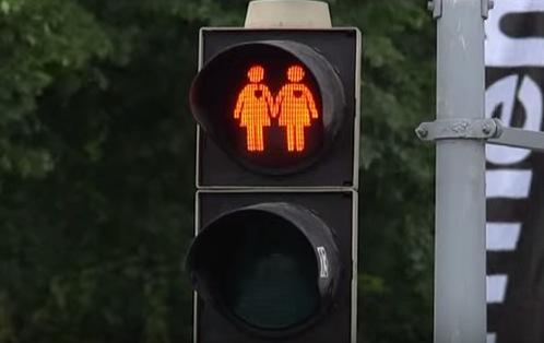 Stockholm bekommt homosexuelle Ampelmännchen