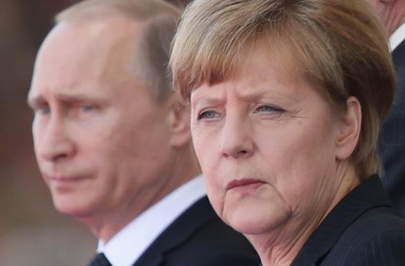 Die deutsche Kanzlerin Angela Merkel und der russische Präsident Wladimir Putin Foto: Sean Gallup/Getty Images