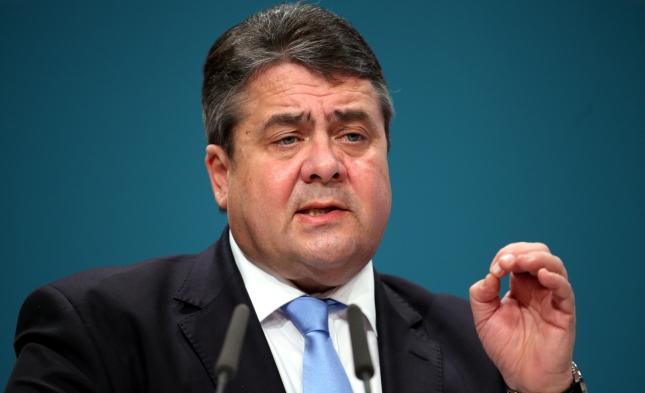 """Lambrecht: Gabriel ist """"der natürliche Kanzlerkandidat der SPD"""""""