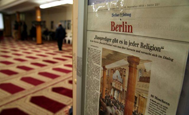 Zeitungsausschnitt über Hassprediger in einer Berliner Moschee Foto: über dts Nachrichtenagentur
