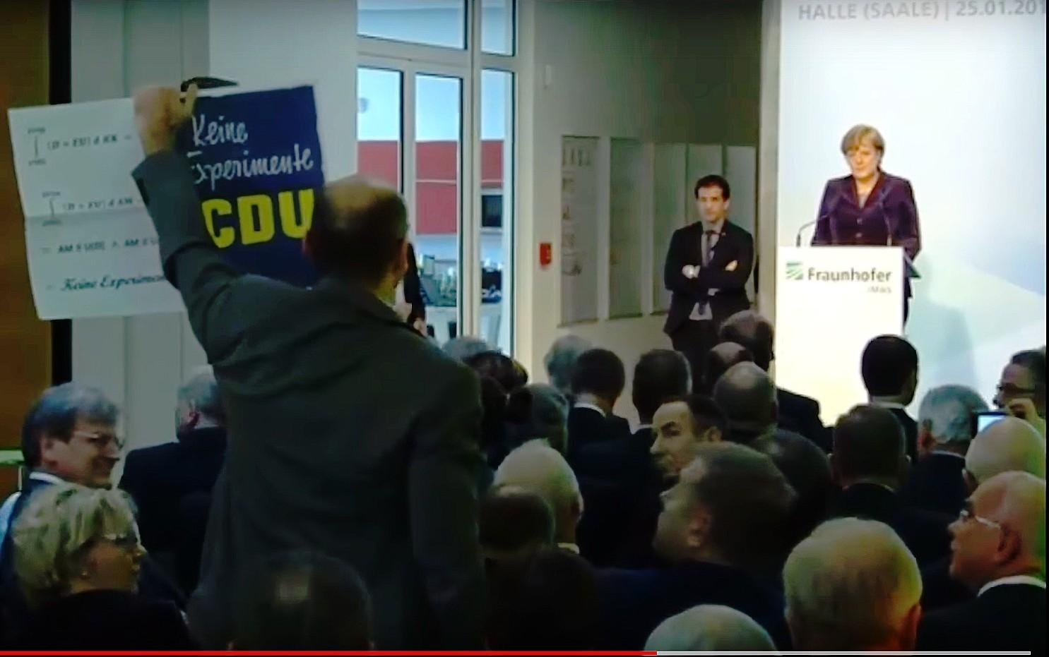 """""""Merkel-Störer"""" von Halle: Jetzt prüft Hochschule Konsequenzen"""
