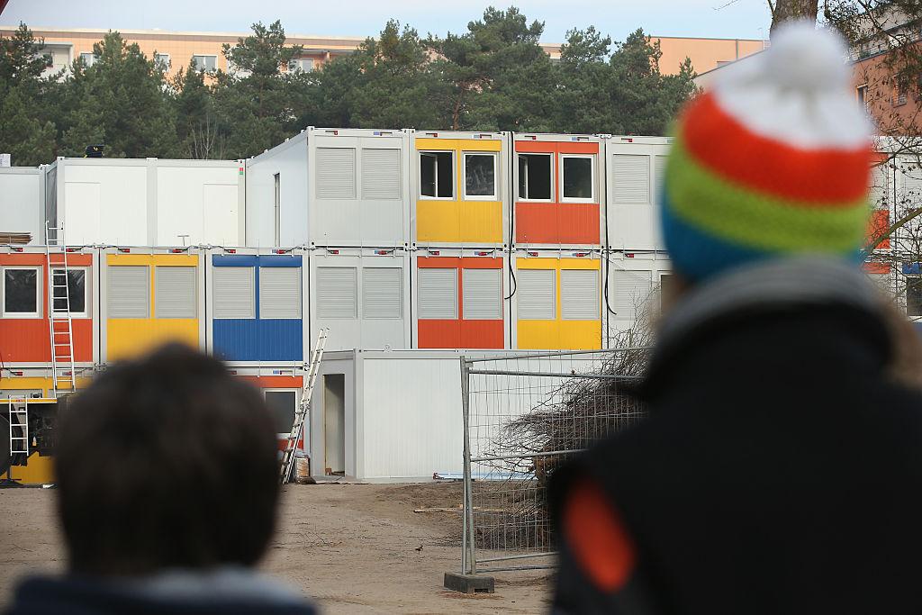 Im Flüchtlings-Container: Deutsche Mutter mit Kleinkindern auf 15 Quadratmeter