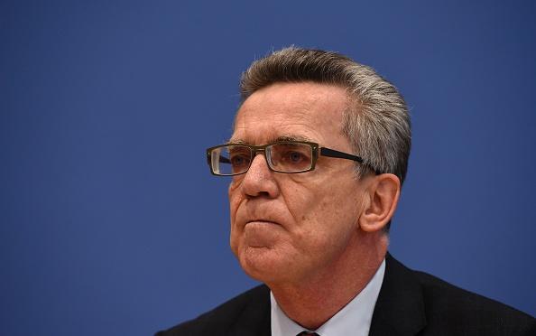 Bundesinnenminister De Maiziere LIVE in Köln beim Deutschen Beamtenbund