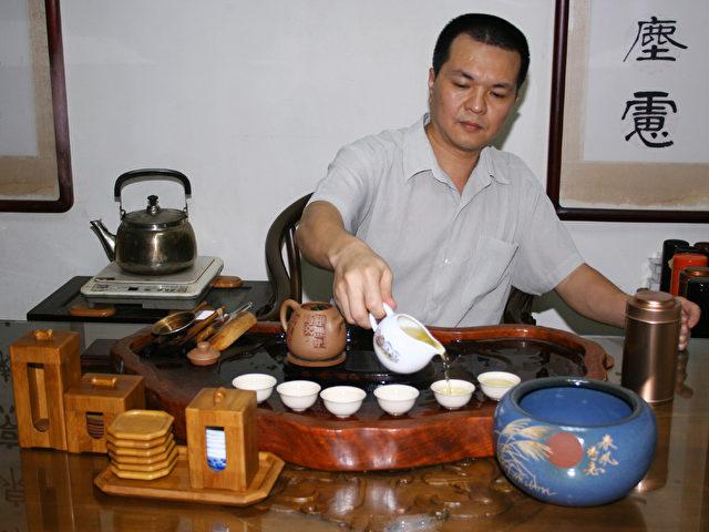 Die Teezeremonie ist in Taiwan von zentraler gesellschaftlicher Bedeutung. (Foto: Daniel Ulrich)