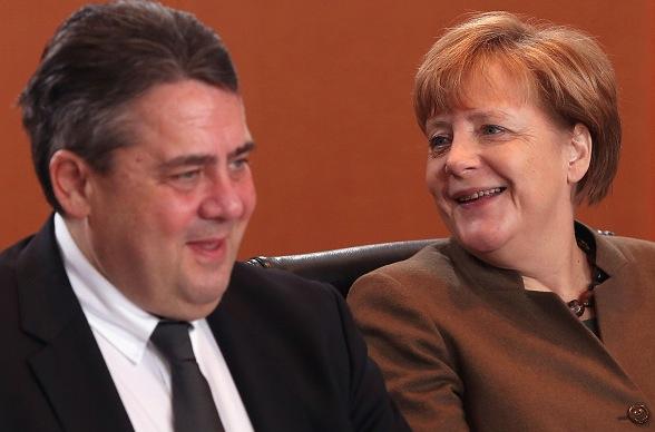Angela Merkel und Sigmar Gabriel Foto: Adam Berry/Getty Images