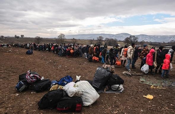 Migrantenströme gen Europa Foto: ARMEND NIMANI/Getty Images