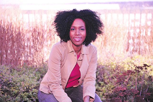 Dr. Rubin Lathon, eine professionelle Ingenieurin, heilt ihren Schilddrüsenkrebs mit Rohkost-Diät Foto: rubylathon.com/press-and-media