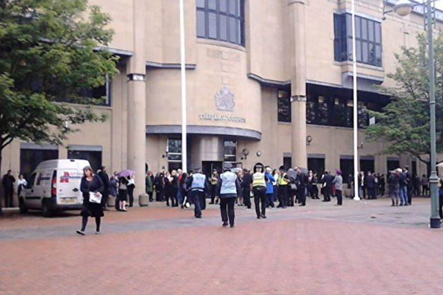 In diesem Gerichtsgebäude in Bradford erging gestern das Urteil. Foto: Screenshot/Youtube