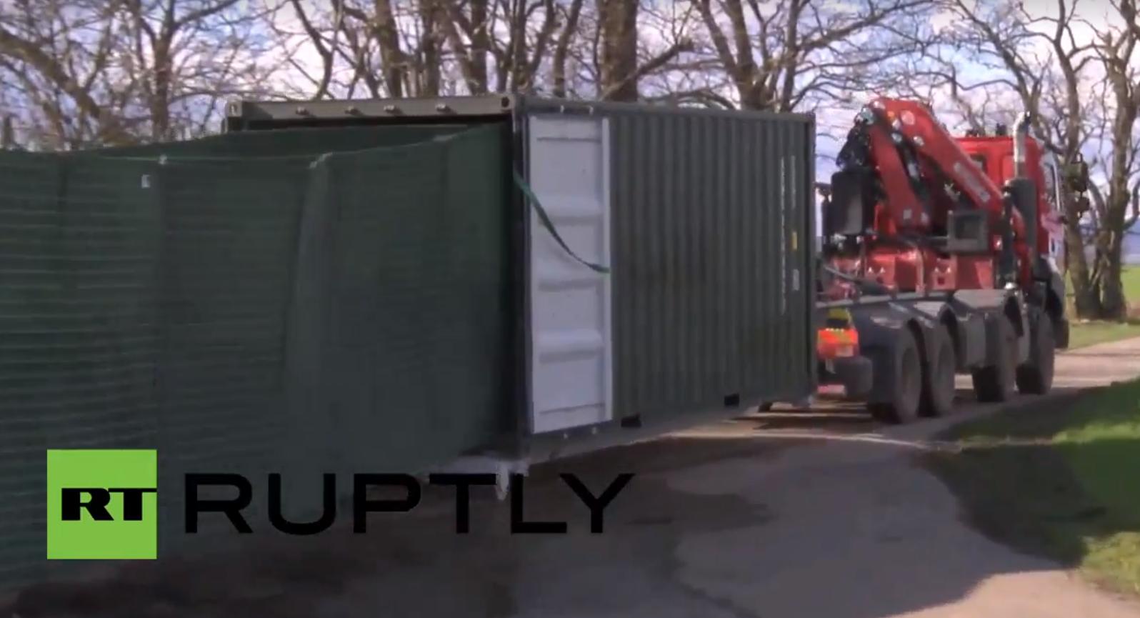 Video: Slowakei probt mobilen Grenzzaun für Ernstfall