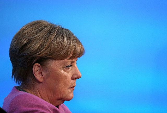 """Handeln frei nach dem Motto von Jean-Claude Juncker? """"Wenn es dann kein großes Geschrei gibt und keine Aufstände, weil die meisten gar nicht begreifen, was da beschlossen wurde, dann machen wir weiter - Schritt für Schritt, bis es kein Zurück mehr gibt.""""  Foto: Dan Kitwood/Getty Images"""