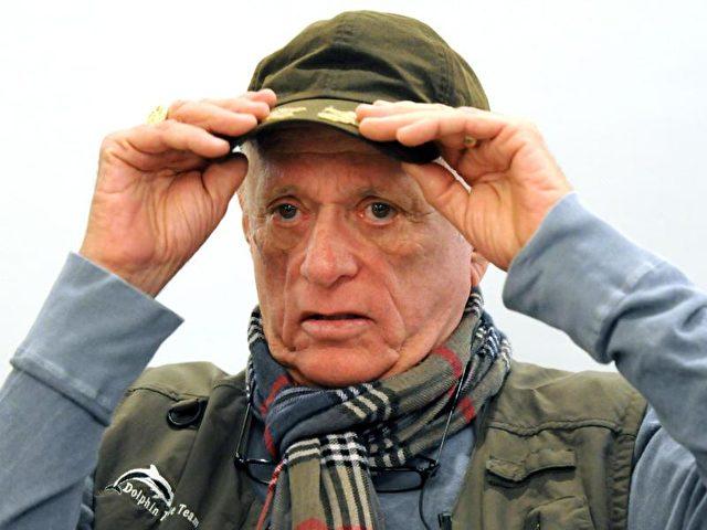 Der Amerikaner Richard O'Barry, hier im Jahr 2012, kämpft seit 1970 für den Schutz der Delfine. Foto:Horst Ossinger//dpa