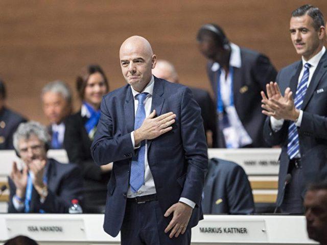 Gianni Infantino freute sich nach seiner Wahl zum FIFA-Präsidenten. Foto: Ennio Leanza/dpa
