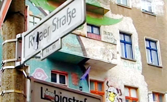 Rigaer Straße, Hinterhof Foto: Screenshot/vimeo