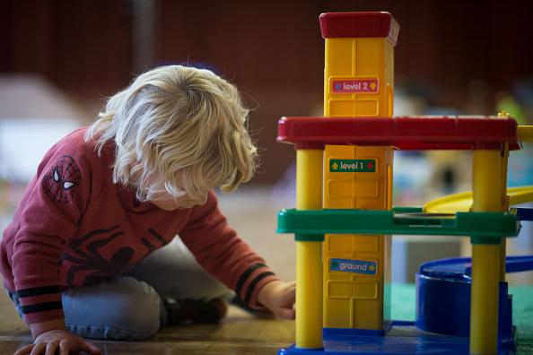Alarmierend: Kinderarmut bis 2030 über 40 Prozent in Deutschland