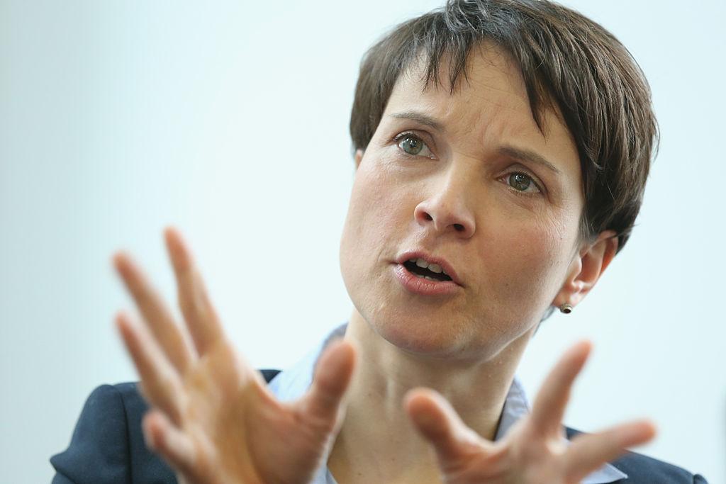 """Petry: Merkels Schwenk zur """"Ehe für alle"""" macht konservative CDU-Wähler heimatlos"""