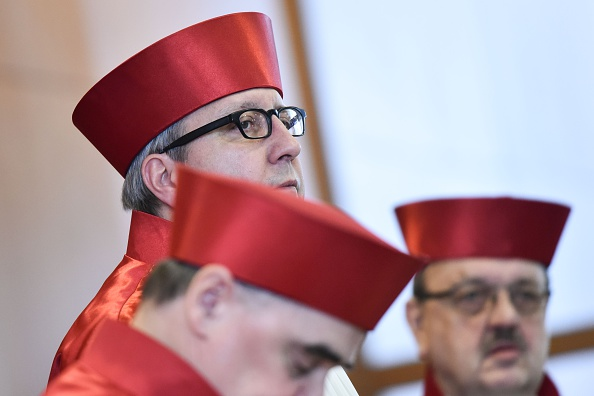 Andreas Vosskuhle (M), Präsident des Bundesverfassungsgerichts in Karlsruhe Foto: UWE ANSPACH/AFP/Getty Images