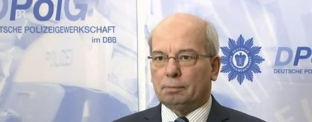 Bundesvorsitzender der Deutschen Polizeigewerkschaft Rainer Wendt. Foto: YouTube / Screenshot / Polit Archiv