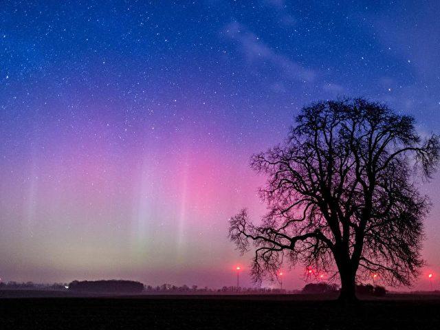 Das Polarlicht war in der vergangenen Nacht in weiten Teilen von Deutschland zu sehen. Foto: Patrick Pleul/dpa