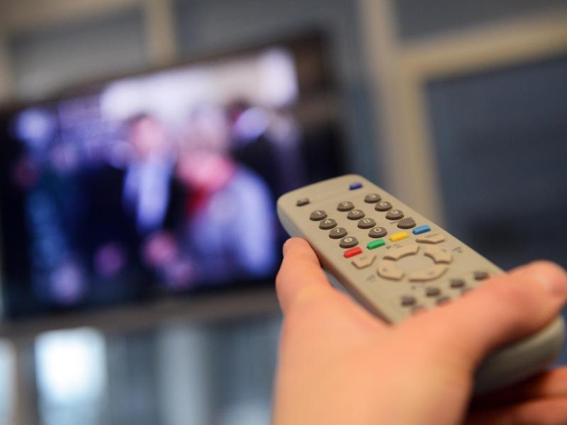 Jetzt kommen die Steuern: Dänemark und Norwegen ersetzen Rundfunkgebühren