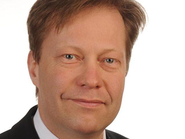 Robert Seegmüller ist der Vorsitzende des <b>Bundes Deutscher</b> ... - urn-newsml-dpa-com-20090101-160325-99-351568_large_4_3_Robert_Seegmueller_ist_der_Vorsitzende_des_Bundes_Deutscher_Verwaltungsrichter_und_des_Verwaltun-640x480