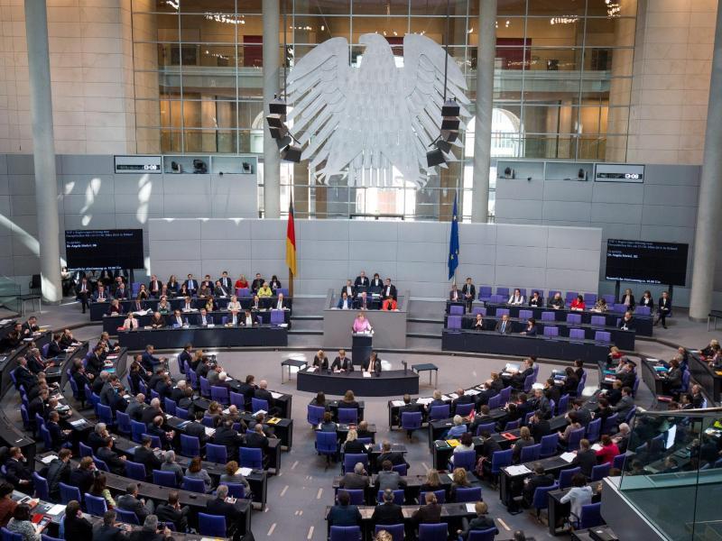 250.000 Euro und mehr: Das kassieren Abgeordnete durch Nebeneinkünfte