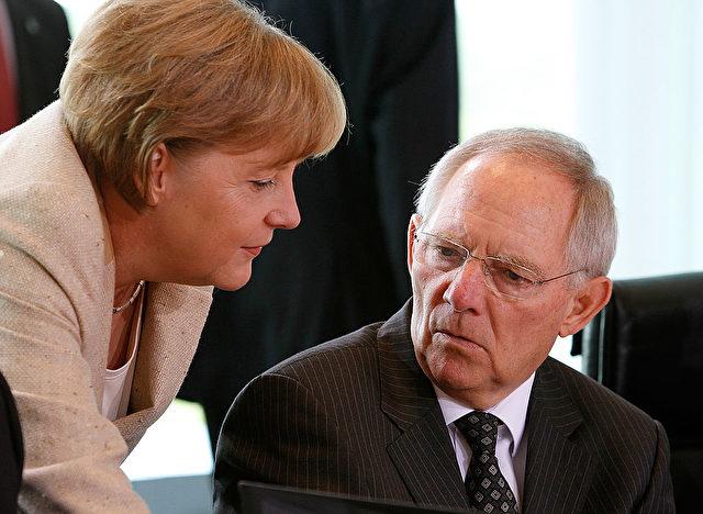 Merkel und Schäuble. Foto: James Coldrey/Getty Images
