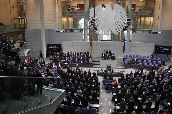Abschlagsfreie Rente ab 56 für Abgeordnete möglich – Die Anderen sollen bis 70 arbeiten
