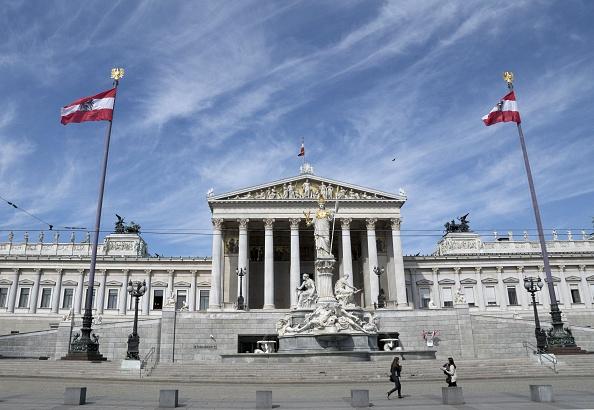 Österreichs Parlamentsgebäude in Wien Foto: JOE KLAMAR/AFP/Getty Images