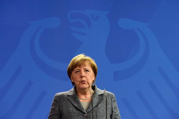 """Nach Minister-Patt: Kanzlerin entscheidet mit """"letztem Wort"""" für Ermächtigung"""