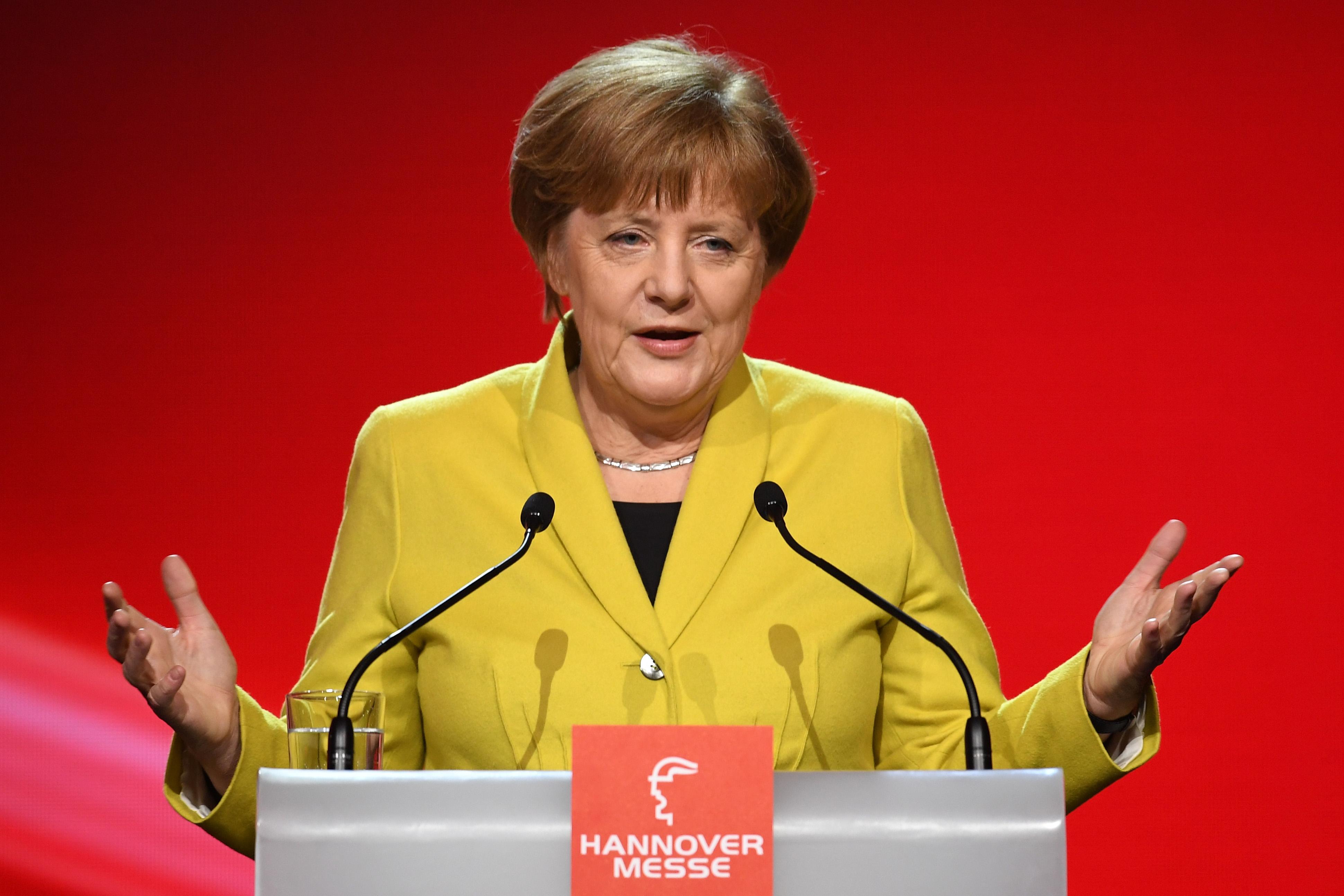 Kanzlerin Merkel im Video-Podcast: EU in entscheidender Phase